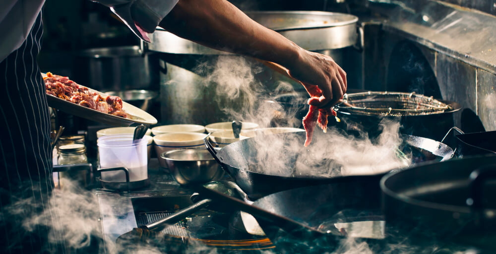 Sua cozinha industrial está preparada para o calor do verão?
